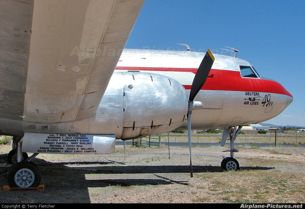 Western Airlines N240HH aircraft at Grand Canyon - Valle
