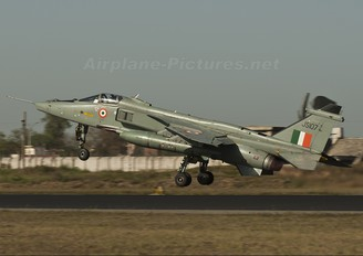 JS107 - India - Air Force Sepecat Jaguar IS