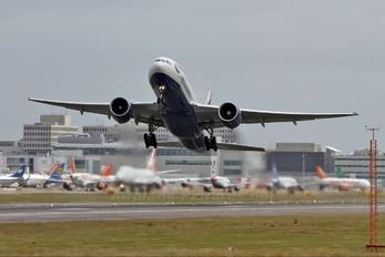 G-VIIO - British Airways Boeing 777-200