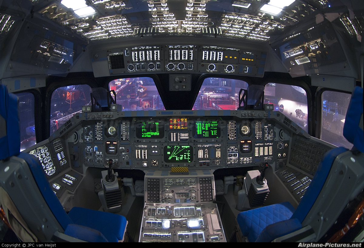 Simulator Rockwell Space Shuttle at Off Airport - Texas