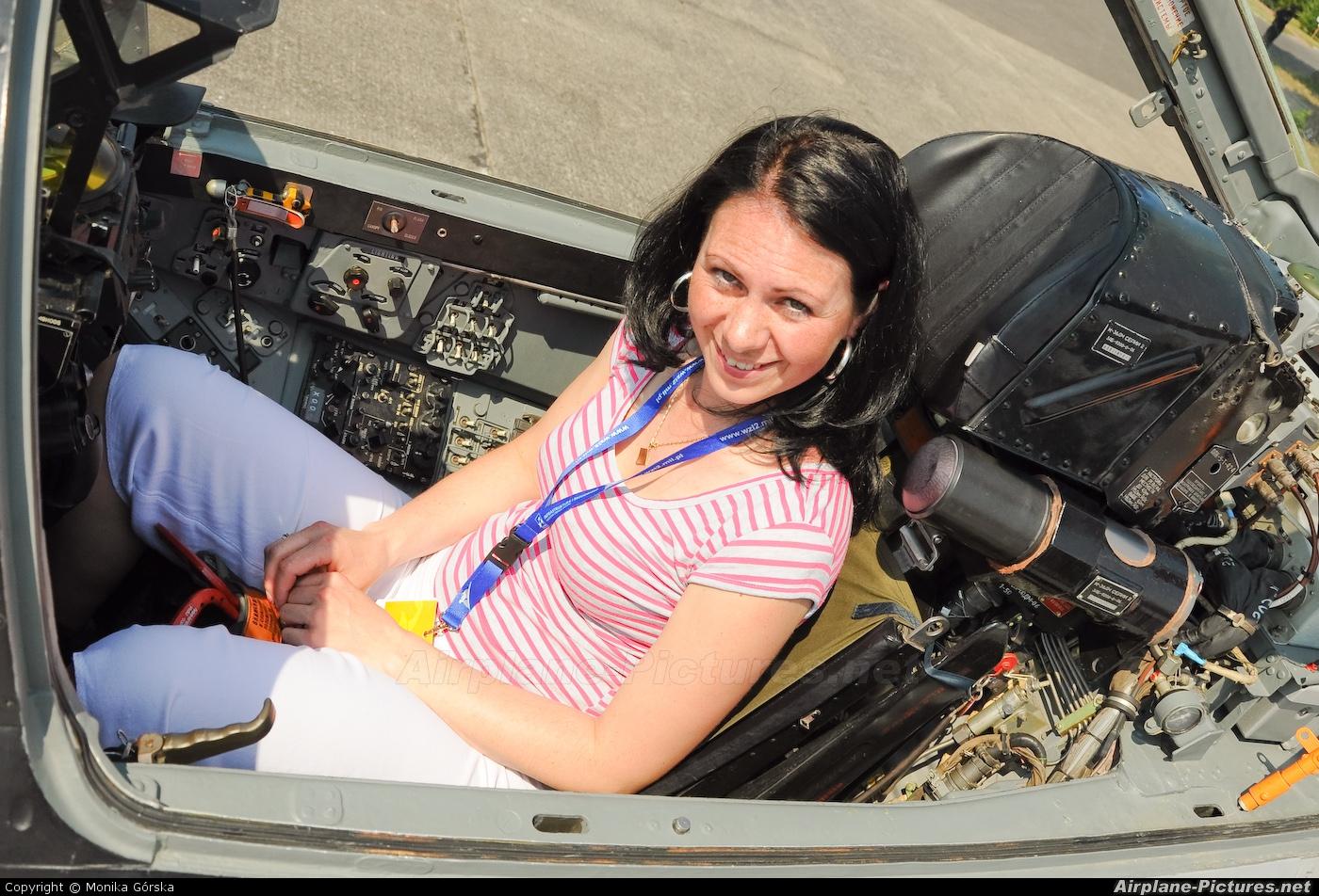 - Aviation Glamour - aircraft at Bydgoszcz - Szwederowo