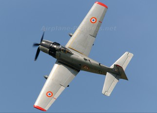 F-AZFN - Association des Mécaniciens Pilotes d'Aéronefs Anc Douglas A-1D Skyraider