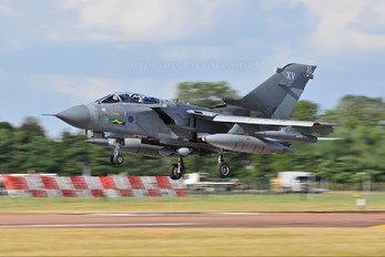 ZD895 - Royal Air Force Panavia Tornado GR.4 / 4A