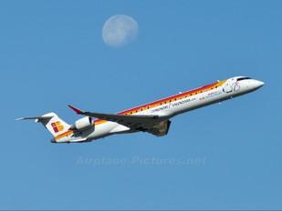 EC-JTS - Air Nostrum - Iberia Regional Canadair CL-600 CRJ-900