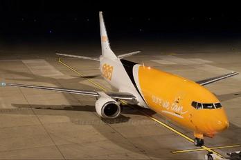 OO-TNP - TNT Boeing 737-400F