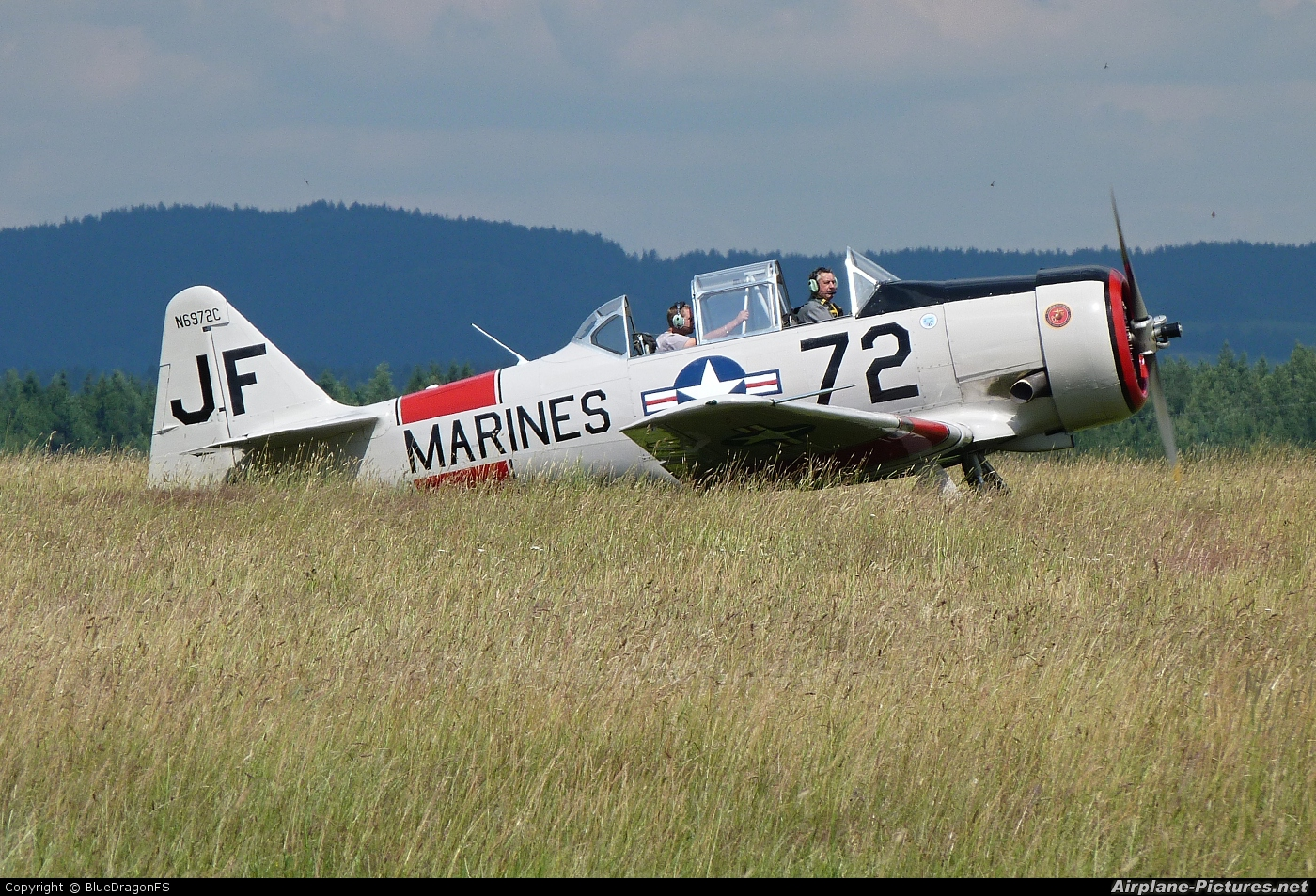 Private N6972C aircraft at Tábor - Čápův Dvůr