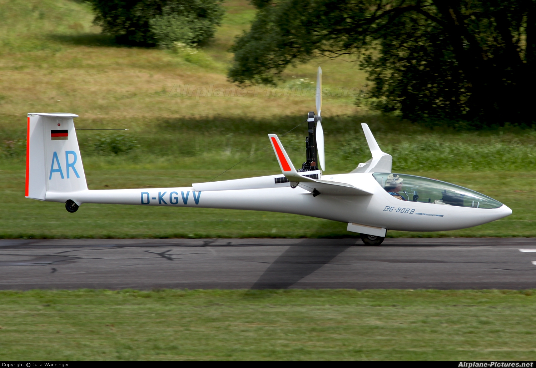 Private D-KGVV aircraft at Arnbruck