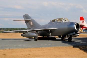 197 - Poland - Air Force Mikoyan-Gurevich MiG-15 UTI