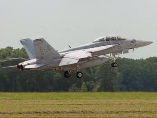 166613 - USA - Navy McDonnell Douglas F/A-18F Super Hornet