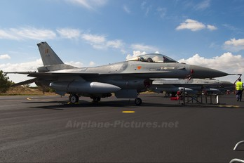 FA-82 - Belgium - Air Force General Dynamics F-16A Fighting Falcon