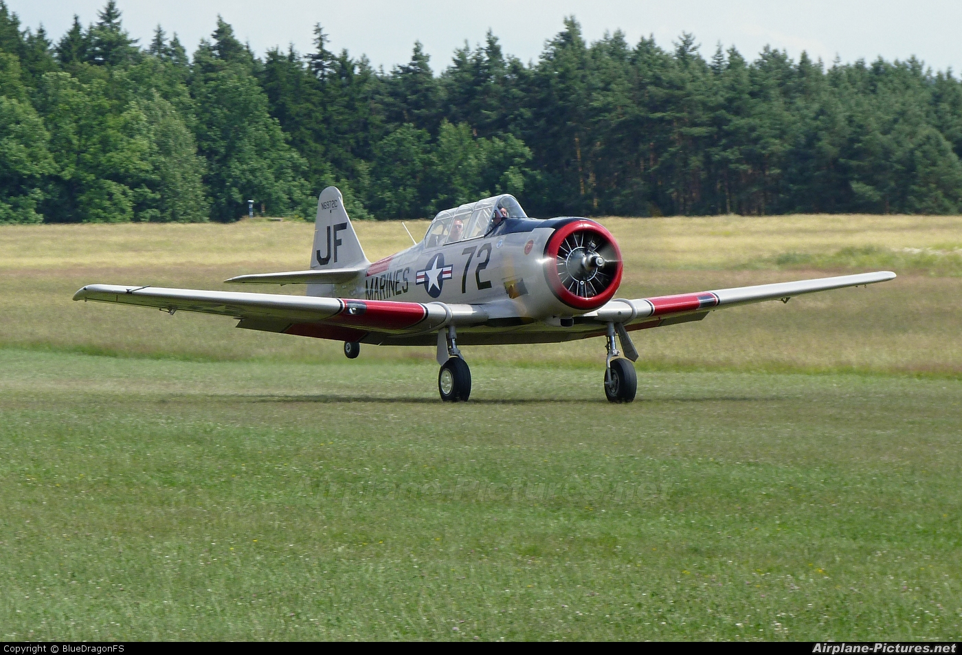 Private N6972C aircraft at Tábor - Čápův Dvůr