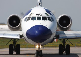 I-DAWZ - Itali Airlines McDonnell Douglas MD-82