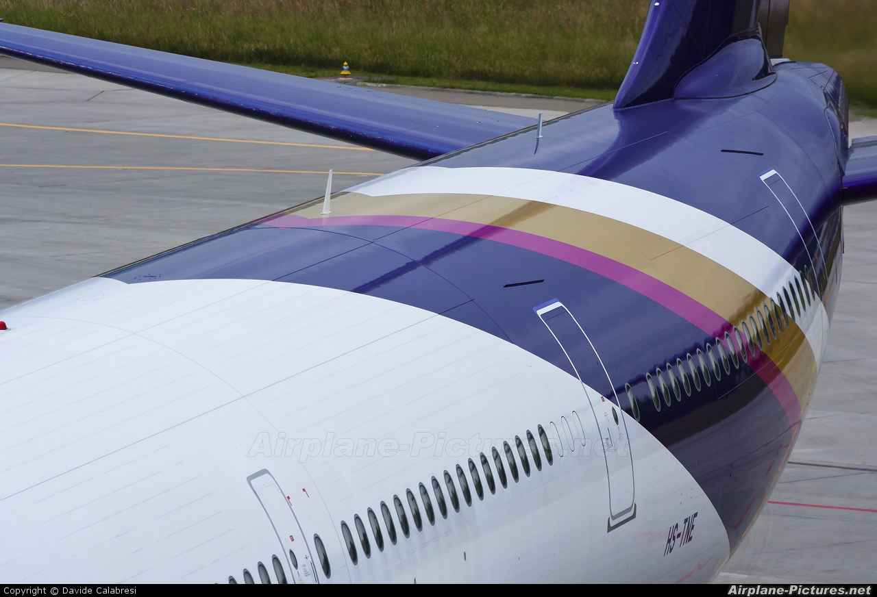 Thai Airways HS-TNE aircraft at Zurich