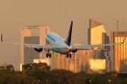 LV-CBS - Aerolineas Argentinas Boeing 737-700 aircraft