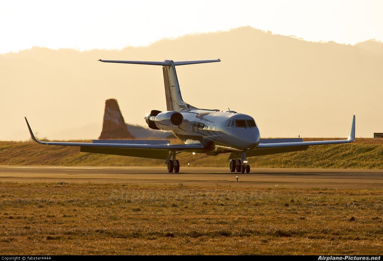 Private N380AC aircraft at San Jose - Juan Santamaría Intl