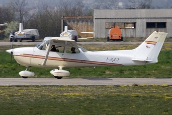 I-AQUI - Private Cessna 172 Skyhawk (all models except RG)