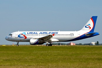 VQ-BFV - Ural Airlines Airbus A320