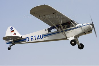 D-ETAU - Private Piper PA-18 Super Cub