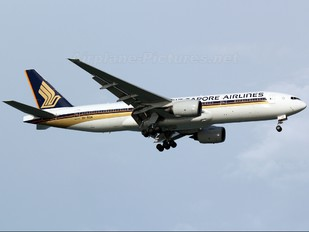 9V-SQK - Singapore Airlines Boeing 777-200ER