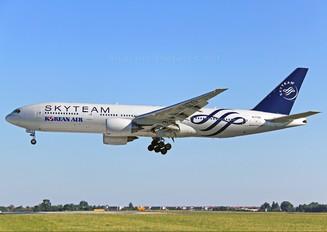 HL7733 - Korean Air Boeing 777-200ER