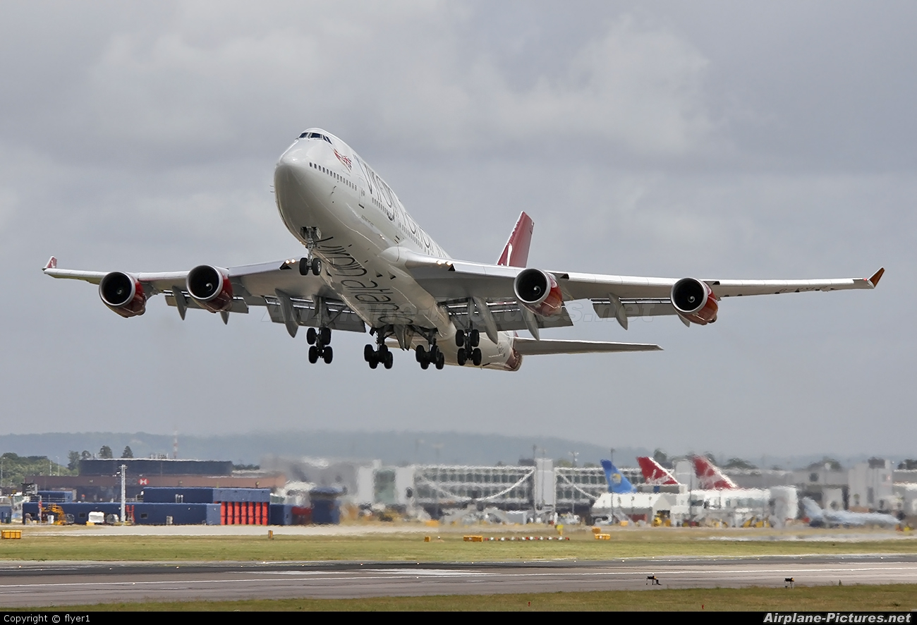 Virgin Atlantic G-VXLG aircraft at London - Gatwick