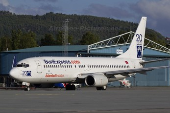 TC-SUL - SunExpress Boeing 737-800