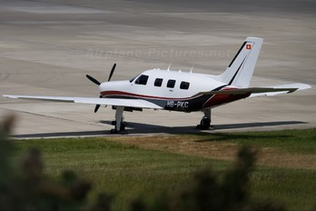 HB-PKC - Private Piper PA-46 Malibu / Malibu Mirage / Matrix