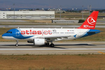 TC-ATD - Atlasjet Airbus A319