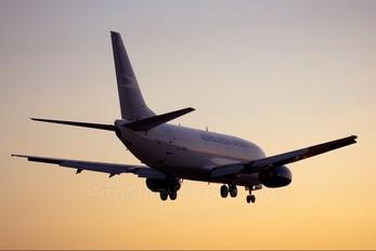 LV-BNS - Aerolineas Argentinas Boeing 737-500