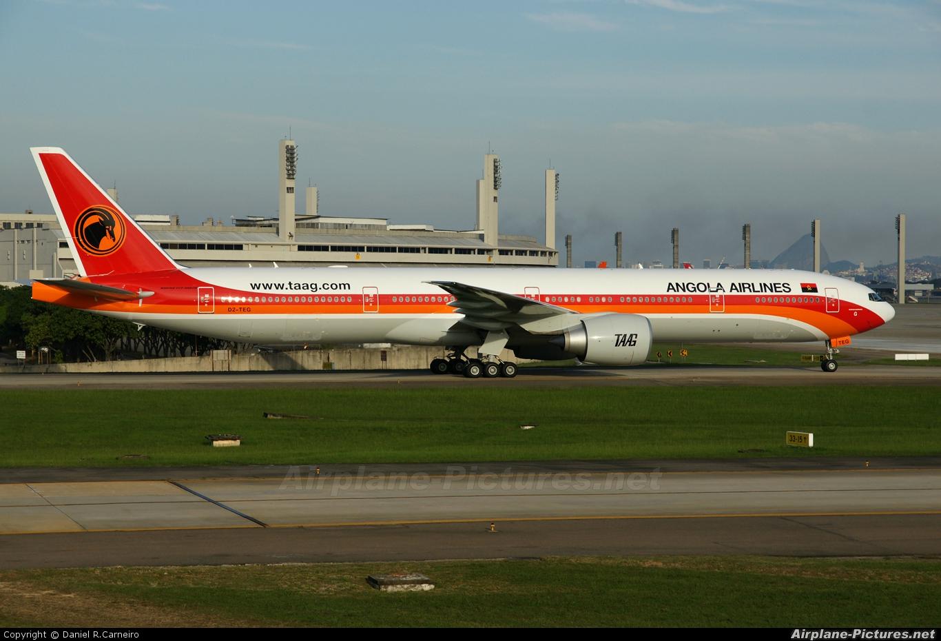 TAAG - Angola Airlines D2-TEG aircraft at Rio de Janeiro/Galeão Intl - Antonio Carlos Jobim