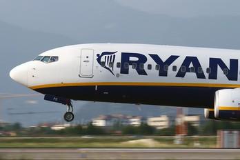 EI-EFC - Ryanair Boeing 737-800