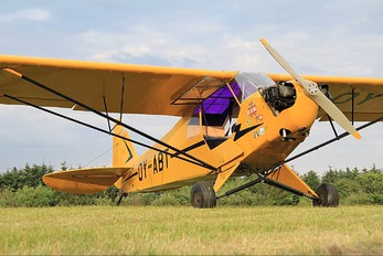 OY-ABT - Private Piper J3 Cub