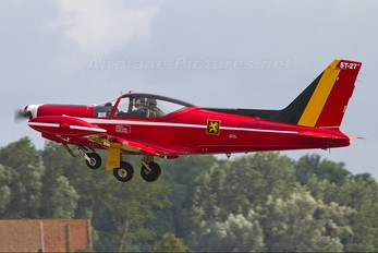 "ST-27 - Belgium - Air Force ""Les Diables Rouges"" SIAI-Marchetti SF-260"