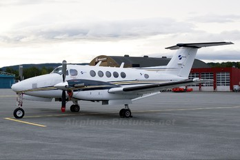 LN-TRG - Sundt Air Beechcraft 200 King Air