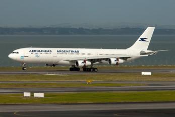LV-CEK - Aerolineas Argentinas Airbus A340-300