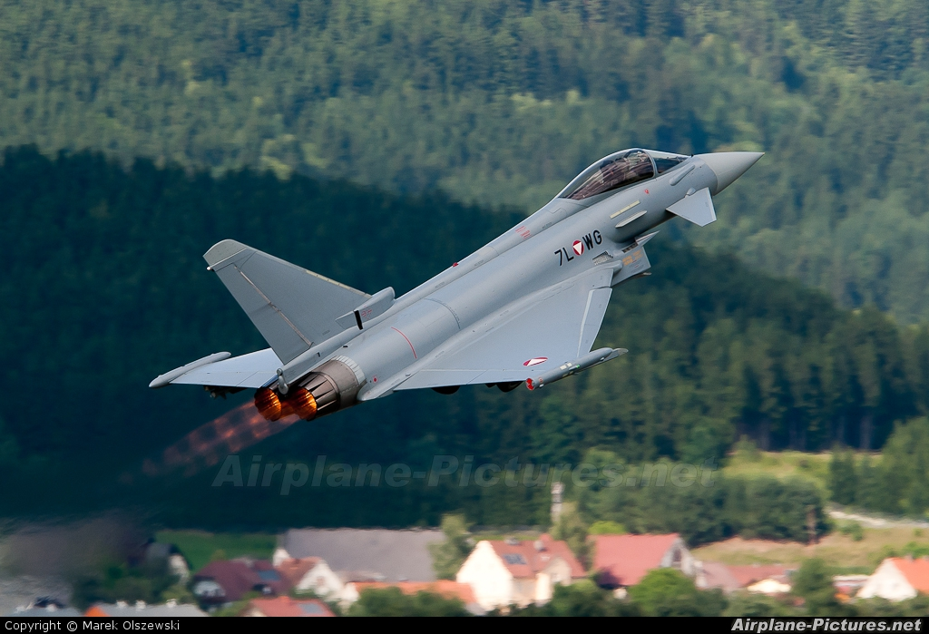 Austria - Air Force 7L-WG aircraft at Zeltweg