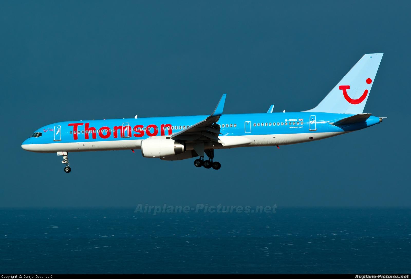 Thomson/Thomsonfly G-OOBG aircraft at Las Palmas de Gran Canaria