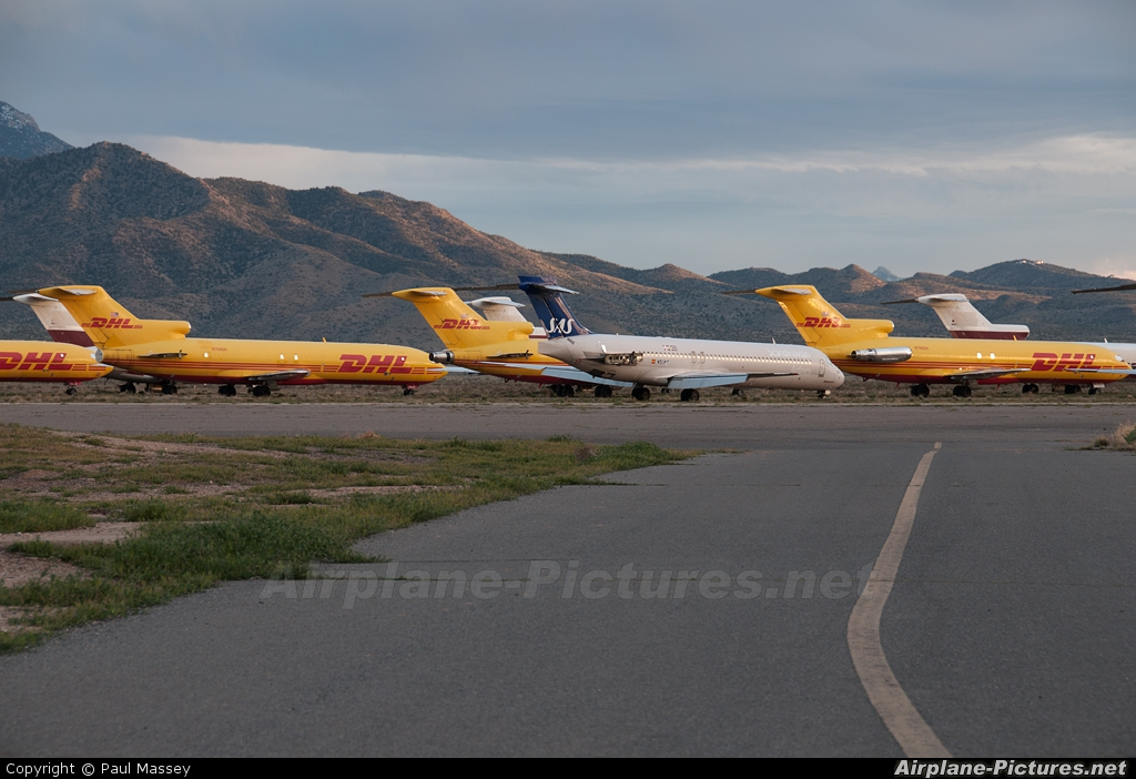 - Airport Overview - aircraft at Kingman