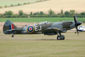 G-SPIT - Patina Supermarine Spitfire FR.XIVe