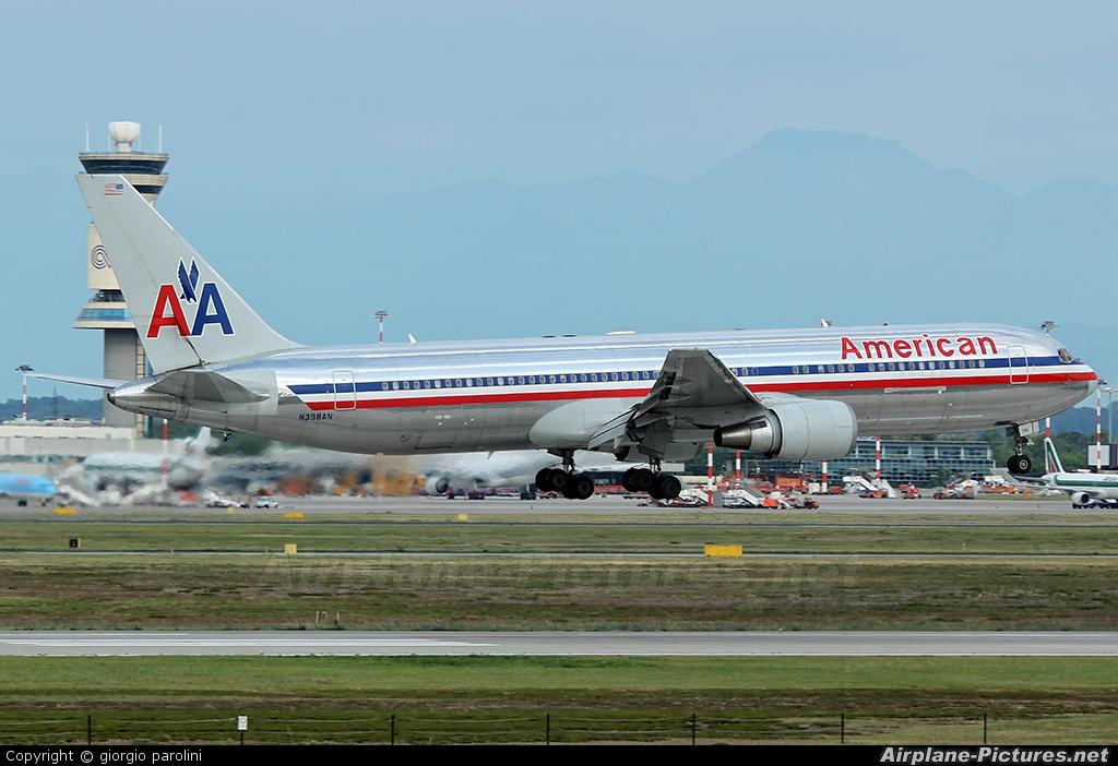 American Airlines N398AN aircraft at Milan - Malpensa