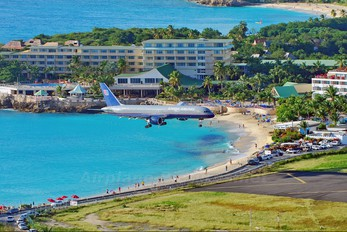 N579UA - United Airlines Boeing 757-200