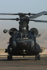- - USA - Army Boeing MH-47D Chinook