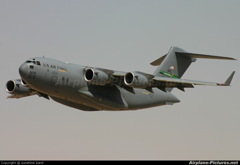USA - Air Force 00-0175 aircraft at Bahrain Intl