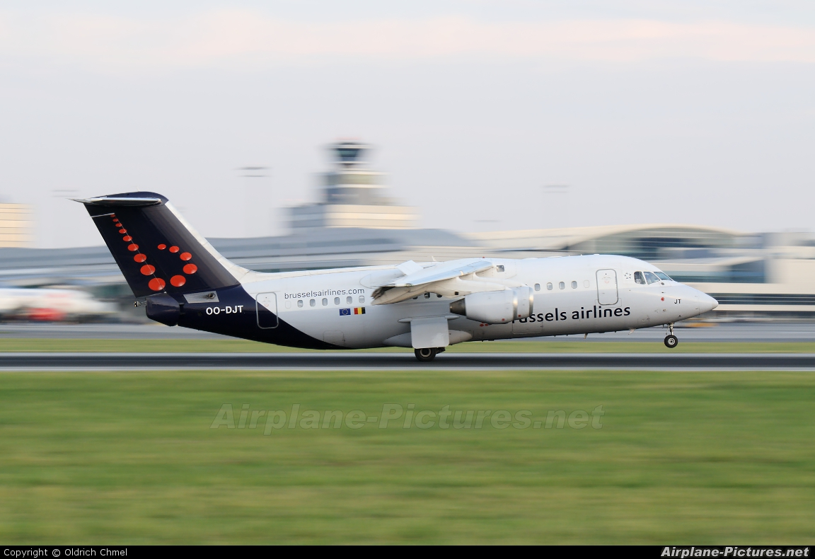 Brussels Airlines OO-DJT aircraft at Prague - Václav Havel
