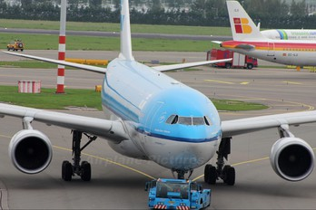 PH-AOL - KLM Airbus A330-200