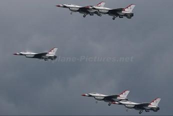 92-3881 - USA - Air Force : Thunderbirds General Dynamics F-16C Fighting Falcon