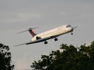 N991DL - Delta Air Lines McDonnell Douglas MD-88