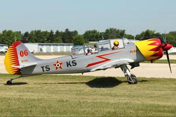 N73KS - Private Yakovlev Yak-52TW