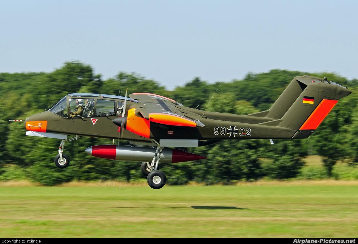 Invicta Aviation G-BZGK aircraft at Diest Schaffen