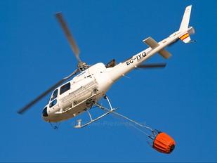 EC-IYQ - Helicsa Helicópteros Aerospatiale AS350 Ecureuil / Squirrel